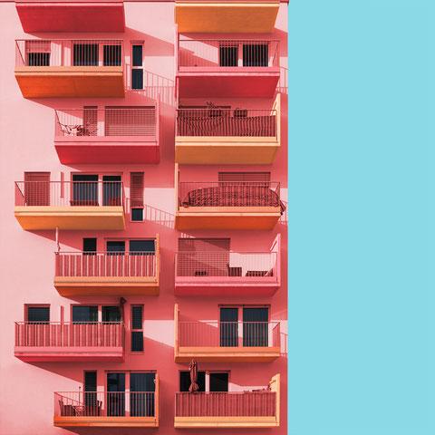 Wohnanlage Haid Gerald Anton Steiner colorful architecture minimal facade design