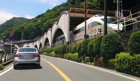 2週間ぶりの箱根。箱根湯本では小田急ロマンスカーも出迎えてくれた。