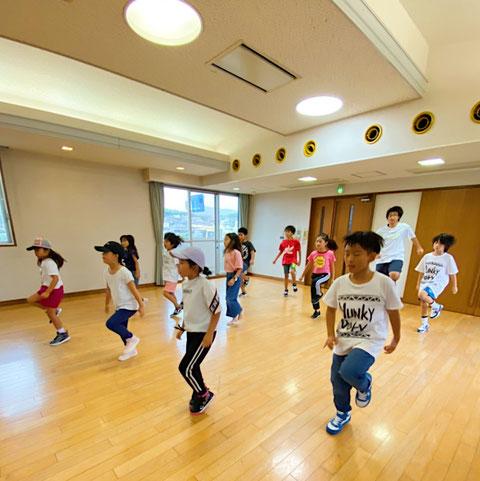 熊本 北区 清水校 ダンスレッスンの様子