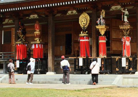 歴史散策 撮影場所:五智国分寺 まといを見上げて随分大きいーもんだなー