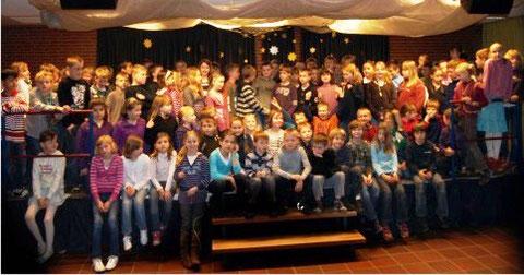 Die jungen Autoren der 3ten Klassen, die am Projekt beteiligt waren.