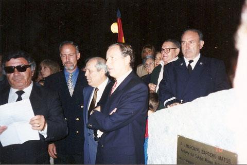 Inauguración. por el Alcalde (José Mª Alvarez del Manzano) de la plaza Atenéo Politécnico el 1 de Octubre de 1999