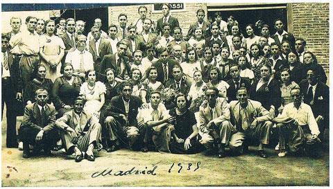Socios del HOGAR RECREATIVO Y CULTURAL 1939