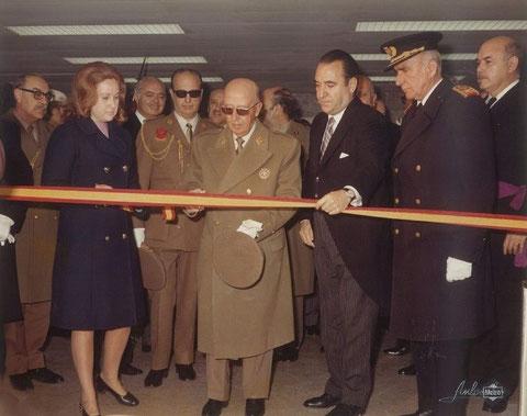 Corte de la cinta inaugural en la estación de Alfonso XIII. Foto Metro de Madrid