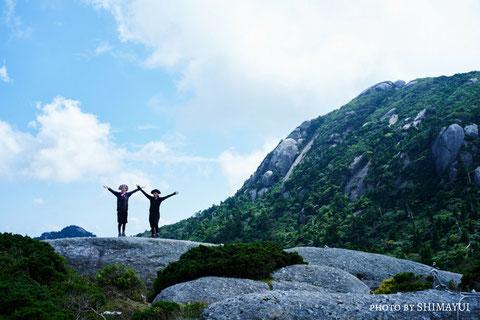 大自然に包まれて、夏の宮之浦岳へ