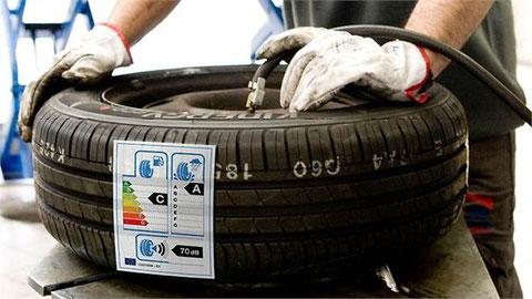 Conocer el etiquetado de neumáticos, asignatura pendiente de conductores y talleres.