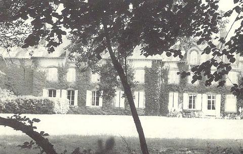 Le château de Vendœuvres (Isère, France)