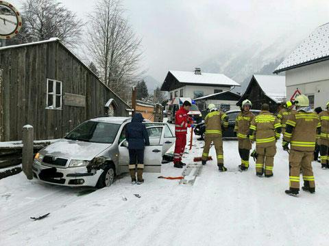 Verkehrsunfall Steinkogelstraße - Freiwillige Feuerwehr Roith