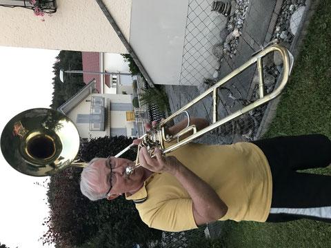 Röbu-Horn ;eine ausgesprochen einmalige Kreation von Brassatelier