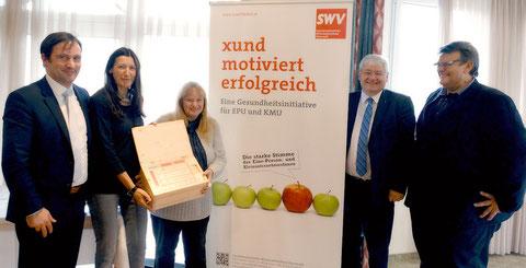 v.l. Hermann Erlach (Microsoft Österreich), Bernadette Matiz MAS (Gesundheitsfonds Steiermark), Mag.a Ingeborg Windhofer, Dr. Wolfgang Schinagl (WKO Steiermark), SWV-Präsident Karlheinz Winkler