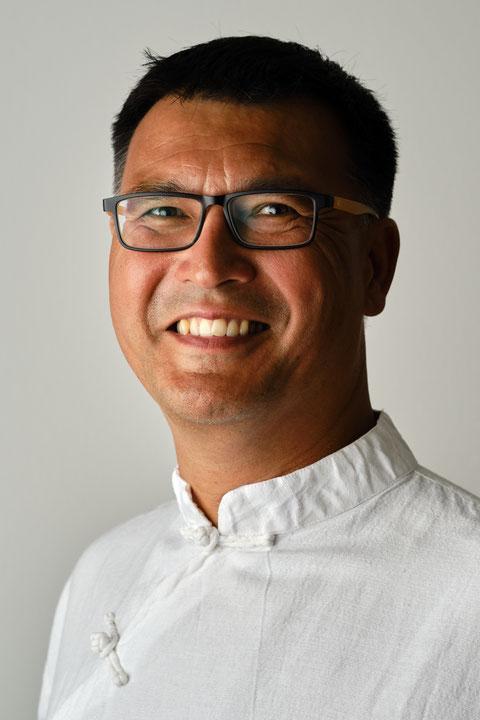 Dr. Richard Seng-Tung Schmerker