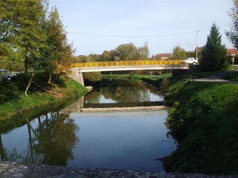Le pont du canal à Hagenbach