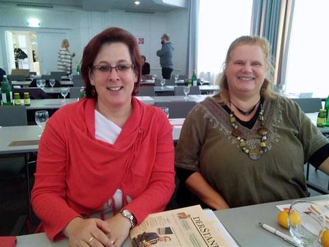 Ulli Eigenbauer-Stein (li.) und Connie Lamm (re.), zwei unserer ehrenamtlichen AK-Rätinnen.