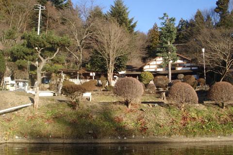 澄み渡った空気がおいしい天王川  1月7日
