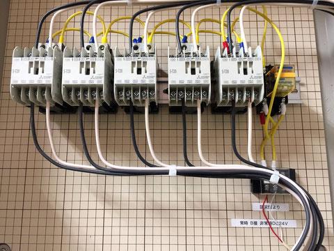 自火報とエアコンを連動させた際は常時B接点、非常時DC24V