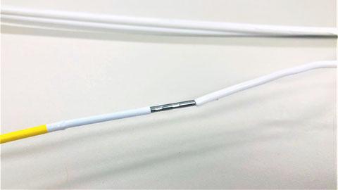 熱電対部と接続電線圧着部分に刻印