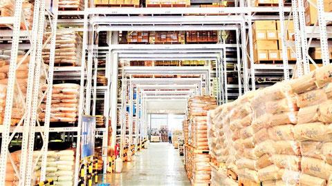 大規模倉庫には資産価値の高い可燃物が沢山