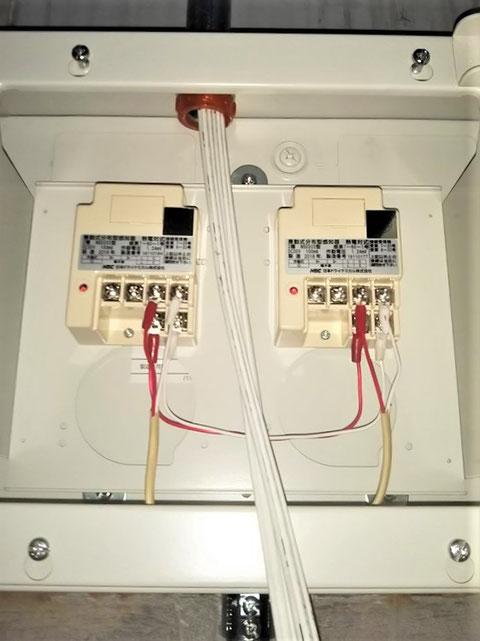 検出器に受信機側及び送り線を接続