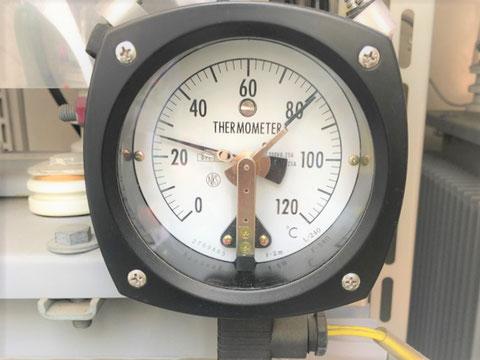 変圧器の温度計