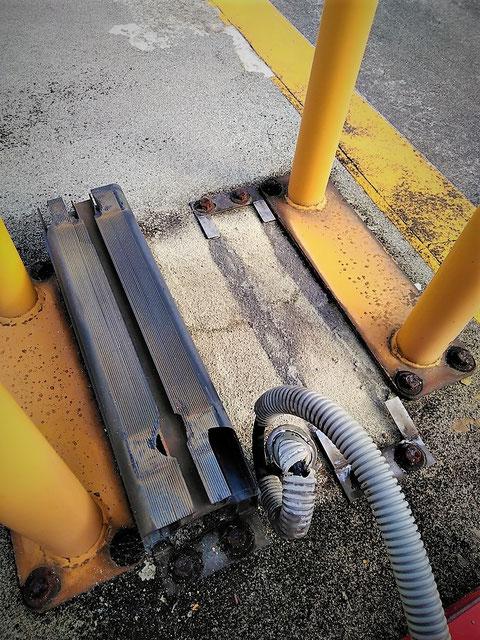 架台 配線 移動式粉末消火設備