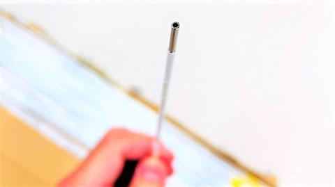 熱電対部は電線が入るように空洞