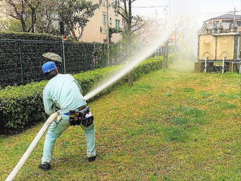 屋外消火栓放水試験