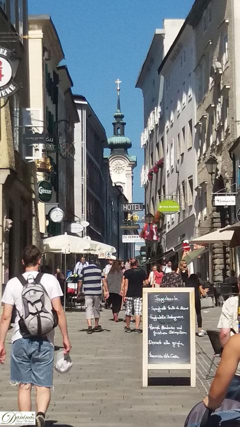 Linzer Gasse mit Blick zur Sebastianskirche