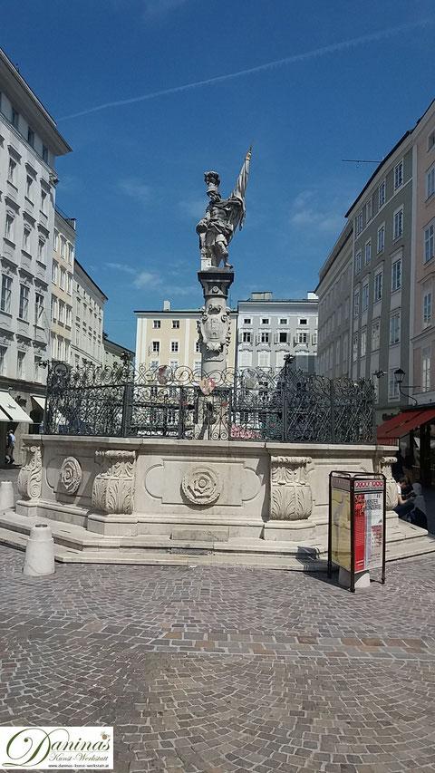 Salzburg, Florianibrunnen am Alten Markt