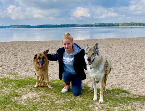 Vanessa Steffenhag mit Zora und Joe