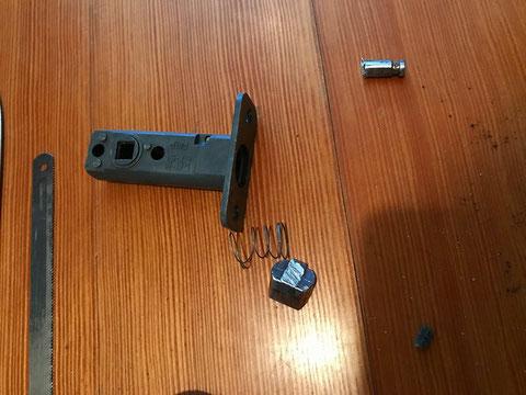 チューブラッチ錠の破損状況