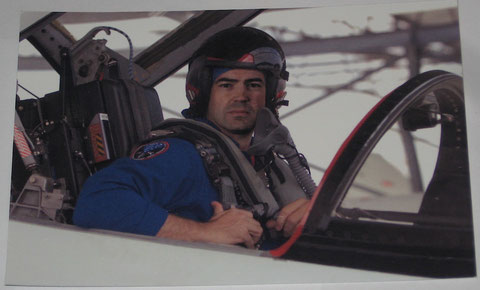 Maddux Donner Pilot Souvenir Photo