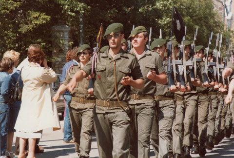 Juni 1981 : Parade durch Vielsalm (vorne links gut zu sehen : Gabriel Kohnen aus St. Vith)