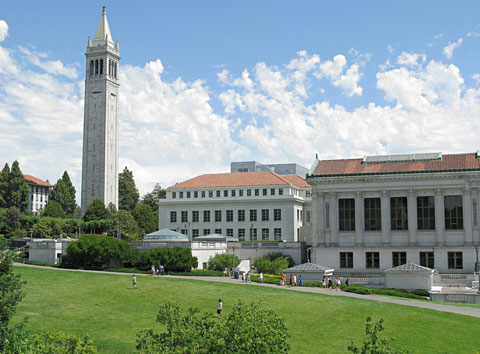 Campanile der UC Berkeley (Sather Tower) mit Carillon