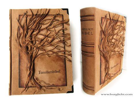 Buchreparatur Familienbibel mit neuem Bucheinband Leder Hochrelief Baum, Lederbranding, falsche Bünde, Buchecken