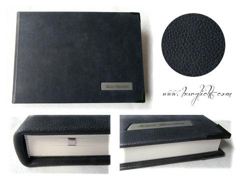 Kondolenzbuch Ledereinband 35cm x 25cm, 180 Seiten, Fadenheftung, Buchecken und Schild mit Gravur.
