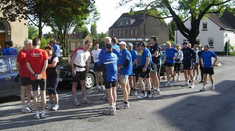 Die Läufer der zweiten Etappe