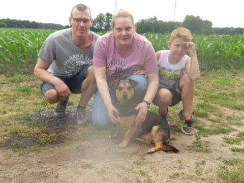 Dobby fand eine liebe Familie in Emsdetten.