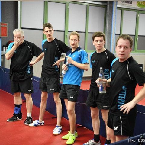 Ralli Berkenbusch, Florian Fechtler, Matthias Wibbe, Pascal Polak und Andreas Wibbe v.l.n.r. (Foto: Laame)