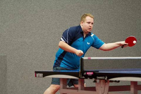 Fabio Deckert gewann beide Einzel und mit Andreas Wibbe im Doppel. (Foto: Laame)