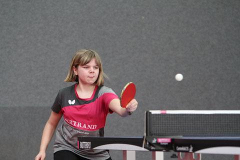 Julia Dickhage fährt als Bezirksminimeisterin zum Verbandsfinale (Foto: Laame)