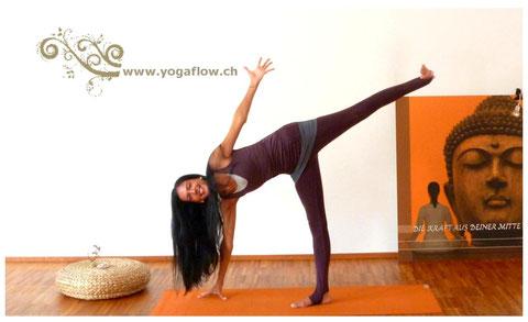 Yoga Wear by Wellicious: Stay Down Leggins & Yoga Top