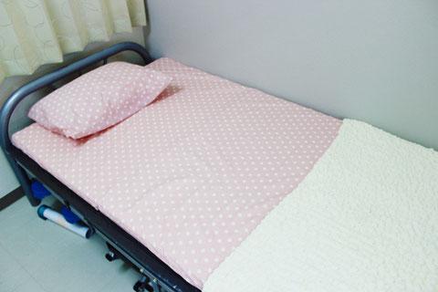 このベッドで休むこともできます。