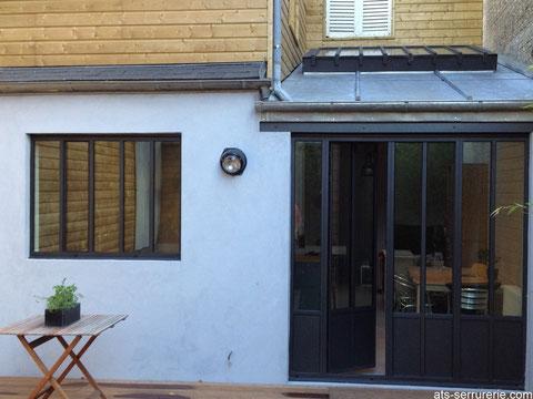 """Rénovation d'une maison """"Amiénoise"""" dans un style contemporain grâce à l'intégration de verrières en acier type atelier d'artiste"""