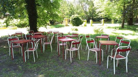 antike Gartenmöbel und Dekorationen - VILLATERRA Vintage Industrie ...