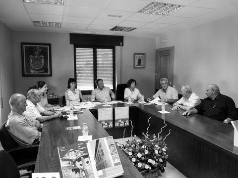 Xabier Larreta, Antonio Sola, Merche Osés, Felisa Barbarin, José Artiz, Miren Zuza, Jesús Elbusto, Alfredo Larreta y Víctor Merino. (Foto: R.A.)