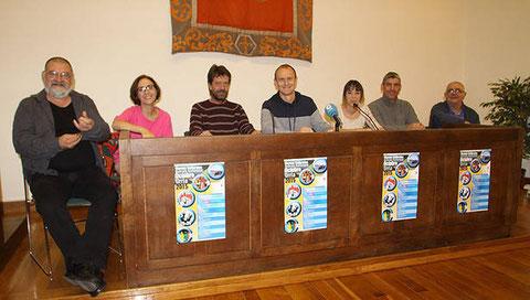 Miguel Munárriz, Marta Juániz, Patxi Ugarte, Regino Etxabe, Iratxe Pérez, Adolfo Ilzarbe y Pedro Echávarri. (Foto: Maite González)