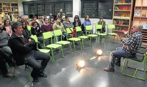 Pedro Echávarri, de Kilkarrak, contó su experiencia en el mundo del teatro. (Foto: R.U.)