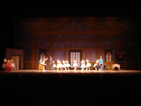 大谷バレエスタジオ第32回定期公演「コッペリア」全幕より第2幕