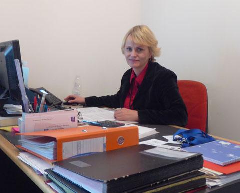Secrétariat et comptabilité occupent pleinement les journées de Tatiana ( R. Peuron)