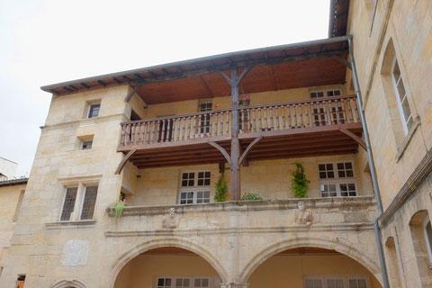 Impasse rue Neuve : maison Renaissance de Jeanne de Lartigue, épouse de Montesquieu ( photo de D. Sherwin-White)